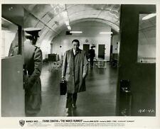 FRANK SINATRA THE NAKED RUNNER 1967 VINTAGE PHOTO ORIGINAL #3