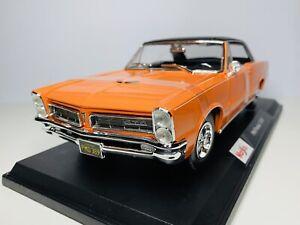 Maisto 1/18 Diecast Special Edition 1965 Pontiac Orange (SALE)