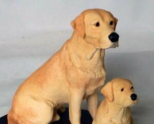 BORDER FINE ARTS LABRADOR DOG WITH PUPPY ON WOODEN BASE  FIGURINE