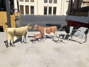 (5) ADVERTISING TIN LITHO DE LAVAL DELAVAL SIGN SET - 3 COWS COW & 2 CALF CALVES
