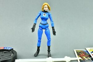Marvel Legends Showdown - Invisible Woman - Pack 3.75 inch figure Toy Biz