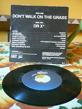 UB40 - Don't walk in the grass 45/7 inc. 1981 Holland press as new!
