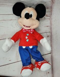Disney Pixar Polyester Battery Operated Dancing Mickey Mouse Doll 886144344183