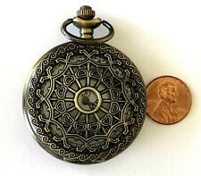 Sl68 Floral Back Filigree Works Lovely Modern Quartz Fashion Pocket Watch
