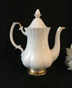 Royal Albert Val D'or Coffee Pot Tea Pot Fabulous Condition