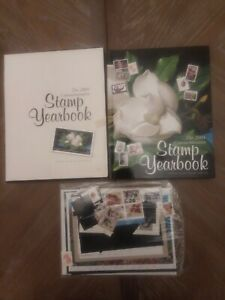 The 2004 Commemorative Stamp  Yearbook USPS, Book, Stamp, Sleeve