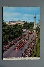 R&L Postcard: Troops at Horse Guard Parade London Mall
