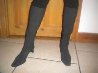 LADIES BLACK LONG SUEDE BOOTS SIZE 5