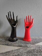 soliflores en céramique noir et rouge
