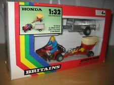 Britains 9431 HONDA X mit Anhänger in OVP