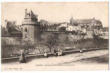 CPA 56 - VANNES (Morbihan) - La Tour du Connétable et les Remparts - Dos simple