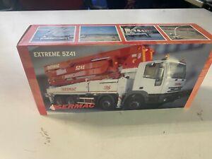 Concrete pump truck diecast Sermac 5Z41 SCL150 on Iveco Eurotrakker 8x4