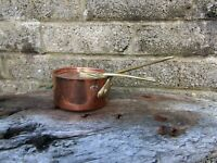 Antique/vintage Dehillerin Paris small copper sauce pan with lid - French