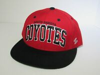 Red and Black Rare Vtg South Dakota Coyotes NCAA DS Snapback Hat Cap Zephyr NWT