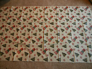"87"" X 50"" HOLIDAY AMARYLLIS CHRISTMAS TREE FLANNEL BACKED VINYL TABLECLOTH"