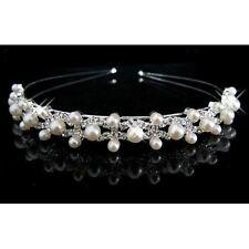 Accessoire mariage, diadème serre-tête argenté orné de strass et perles