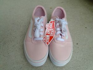 New Vans pink girls lace up sneakers sz 2