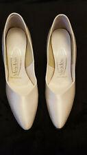 Ladies cream satin wedding shoes size 3