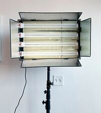 Unbranded 4x55W Fluorescent Daylight-Balanced Switchable Barn-Door Light Panel