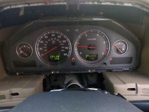 VOLVO V70 XC70 S60 2004-2007 D5 DIESEL SPEEDO CLOCKS 254k CLUSTER 30682287