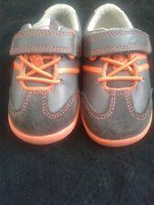 Infant boys Shoes Size 3 (F)