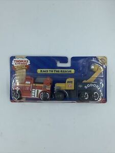 NIB Thomas and Friends Wooden Railway: Flynn & Butch Race to the Rescue NEW Fire