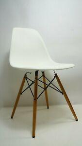 VITRA Eames Stuhl Weiß DSW Side Chair Küchenstuhl Plastik Esszimmer Kunststoff