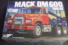 Mack DM-600