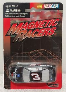 DALE EARNHARDT SR 2001 MAGNETIC RACERS MAGNET NIB
