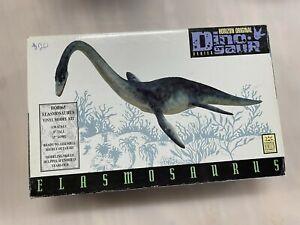 Horizon Vinyl Model Kit - Elasmosaurus Water Dinasaur
