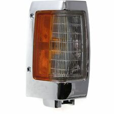 Corner Light For 95-97 Nissan Pickup w/ chrome trim Right Incandescent w/ Bulb