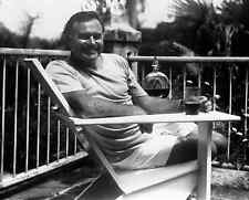 ERNEST HEMINGWAY 8X10 PHOTO 1946 at Finca Vigia Cuba American author Nobel Prize