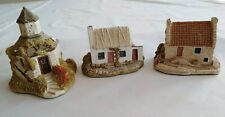 3 X Lilliput Lane Collectors Club 1989 Dovecot, Donegal Cottage, East Neuk Lot 3