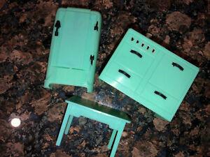 Vintage Renwal dollhouse jadite Mint Green Refrigerator~sink/stove~Table