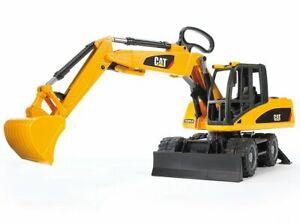 Wheeled Excavator CAT Caterpillar Bruder Toy Car Model 1/16 1:16