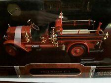 Mack Maxim C-1 * Firetruck Feuerwehr * 1923 * 1:24 Yatming 20118
