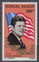 PP124 - REPUBLIC OF MALAGASY MADAGASCAR STAMPS 1973 JOHN F KENNEDY 300F MNH