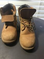 Women's brown leather Timberland boots (size 6M). Free shipping!