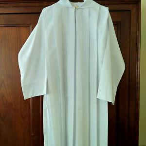 Vends Aube Communion mixte,taille 135 (10-12 ans)