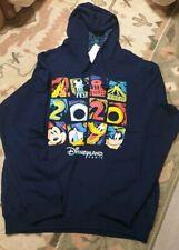 H19 Hooded Sweatshirt Date 2020 XL Disneyland Paris
