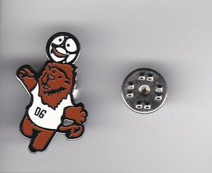 """"""" Goleo 06 and Pille """"  WC Mascots Germany 2006 - lapel badge butterfly fitting"""