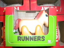 80'S VINTAGE TOMY RUNNERS 8320 HORSE PULL BACK ACTION TOY MIB