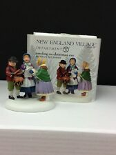 Dept 56 New England VillageCaroling On Christmas Eve #808919 Nib