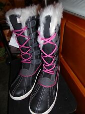 TOTES KIDS SURI BLACK BOOTS SIZE 4 NEW NEVER USED IN BOX