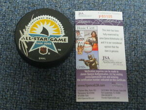 Mark Messier Autographed Hockey Puck JSA Certified Authentic