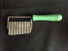 New listing Vintage Crinkle Cut Fry Slicer Green Wooden Handle