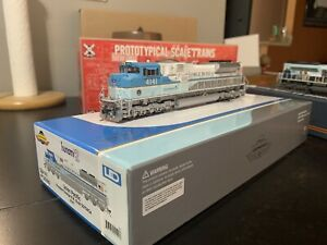 Athearn G41410 HO SD70ACe, UP/George HW Bush 4141 with DCC & Sound Tsunami2
