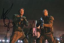 "Jai Courtney & Jason Clarke ""Terminator"" Autogramme signed 20x30 cm Bild"