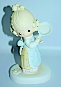 Vinatge 1979 Precious Moments Eggs Over Easy Figurine Girl Holding Frying Pan