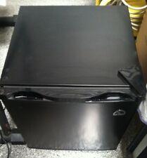Igloo 1.6 Cu-Ft. Mini Compact Refrigerator Temperature Control FR115I (Black)